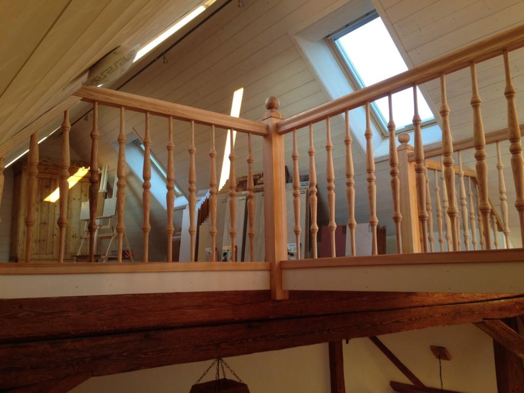 Unsere Treppe im Büro aus Esche